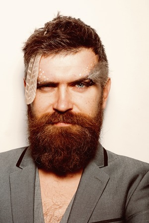 drag queen. drag queen man with makeup on bearded face. drag queen concept. Image of drag queen hipster. 版權商用圖片
