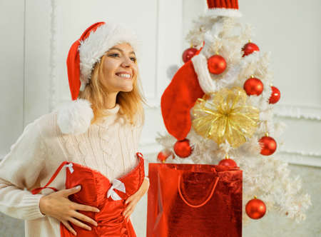 Women christmas fashion. Merry xmas and happy new year. Christmas gift. Christmas party. Christmas santa. Imagens