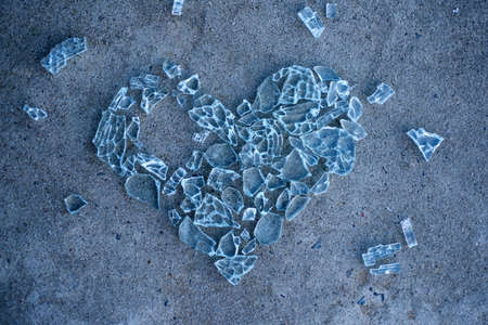 Cracked heart. Broken love concept. Heart made from glass. Heart-shape. Without piece heart. Zdjęcie Seryjne