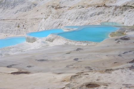 pamuk: Natural travertine pools and terraces, Pamukkale, Turkey