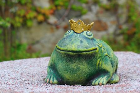 ロシアのおとぎ話 - カエルの王女のよく知られている文字