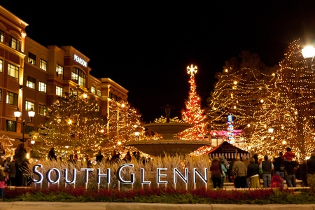 2011 Streets of Southglenn Christmas tree lighting ceremony Stock Photo - 16020492