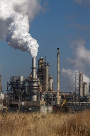 Air pollution from Chicago Petroleum Oil Production Plant near Illinois Michigan Canal Stock Photo - 17175943