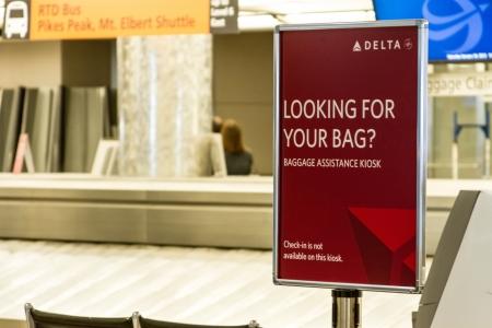 denver co: �Buscas signo equipaje en reclamo de equipaje del aeropuerto