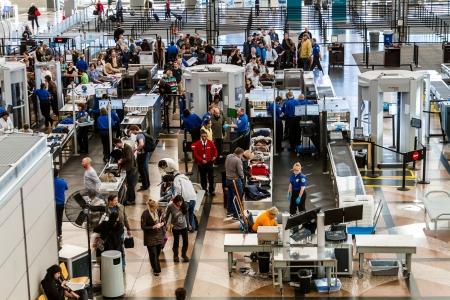 TSA의 공항 보안 체크 포인트