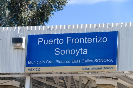 SONOYTA, MX, March 2013: Mexican border sign at the international border of the United States and Mexico in Lukeville, AZ Editorial