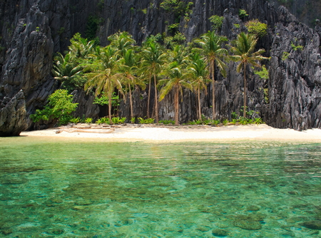 The beach on a tropical island. El Nido. Philippines.