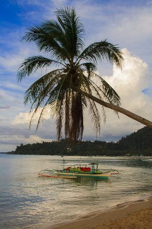 Sunset of Port Barton beach. The island of Palawan. Philippines. Banco de Imagens