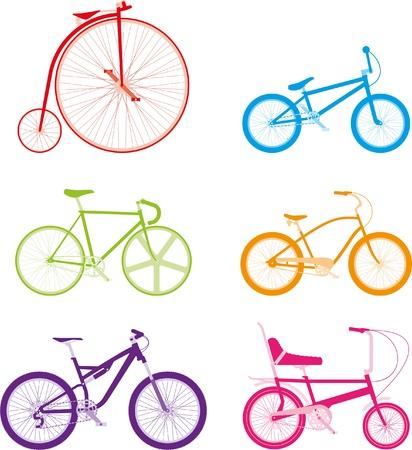 fahrradrennen: Sechs bunte Fahrr�der auf wei�em Hintergrund