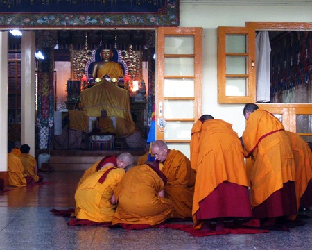 Tibetan Buddhist Nuns Sojong Ceremony Stock Photo - 53148579