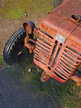 Old vintage tractor left outside to rust Stock Photo - 19140441