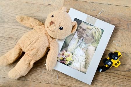 Broken marriage photo frame
