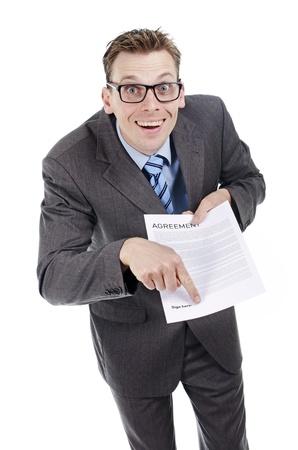 deceptive: Meld u hier alstublieft papierwerk