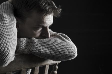hombre deprimido Foto de archivo