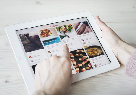 pinterest: Pinterest on tablet pc or iPad