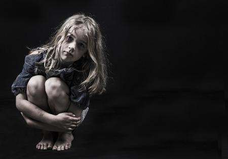 児童虐待やホームレスの子供 写真素材