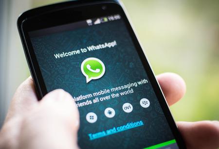 Whatsapp mobile application 版權商用圖片 - 26254630