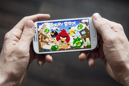 game bird: Angry birds Editorial