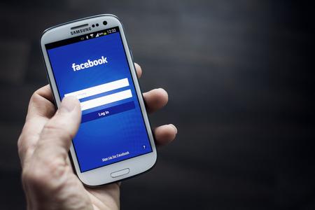 facebook: facebook app