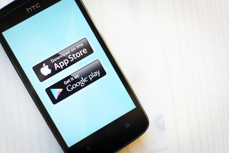 App ストア対グーグル プレイ 報道画像
