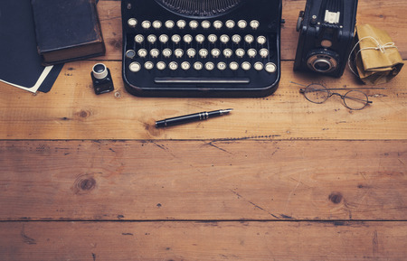 pen and paper: retro typewriter hero header Stock Photo