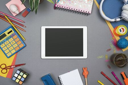 Old school style tablet hero header 版權商用圖片