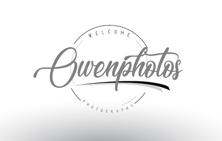 Owen Personal Photography Logo Design with Photographer Name and Handwritten Letter Design. Vettoriali