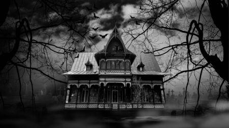 Nawiedzony dom z mroczną przerażającą atmosferą horroru Fotografia czarno-biała
