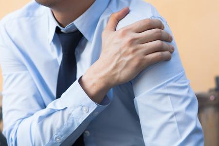 Man having shoulder pain problem 스톡 콘텐츠