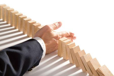 risiko: Domino isoliert auf wei�, wie ein abstraktes Konzept
