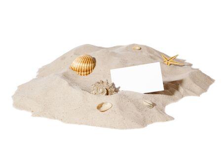 strand concept met seashell, starfish en een lege kaart met kopie-ruimte.Focus op kaart