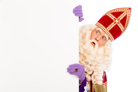Sinterklaas met plakkaat. geïsoleerd op een witte achtergrond. Nederlandse karakter van de Kerstman