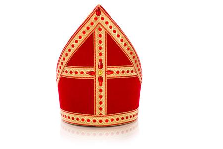 Mitre of mijter van Sinterklaas. Geïsoleerd op een witte achtergrondgeluid. Een deel van een Nederlandse traditie Sancta Stockfoto