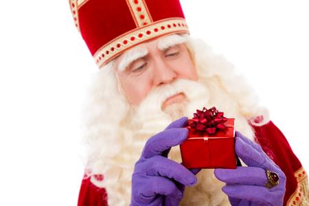 Sinterklaas met cadeaus. typisch Nederlandse characterof Sint en Zwarte Piet Stockfoto - 44675584