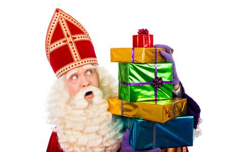 Sinterklaas met cadeaus. typisch Nederlandse characterof Sinterklaas en Zwarte Piet Stockfoto - 44675644