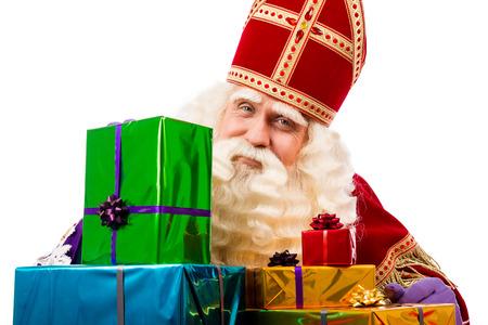 Sinterklaas met cadeaus. typisch Nederlandse characterof Sinterklaas en Zwarte Piet