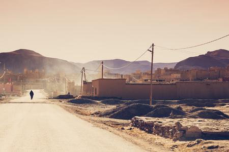 Klein berberdorp in het Hoge Atlasgebergte in Marokko. Vintage bewerking