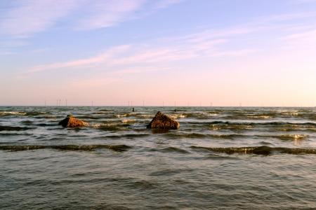 Sea and stones Stock Photo - 17589482