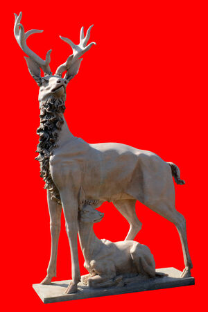 sculpture deer with fawn