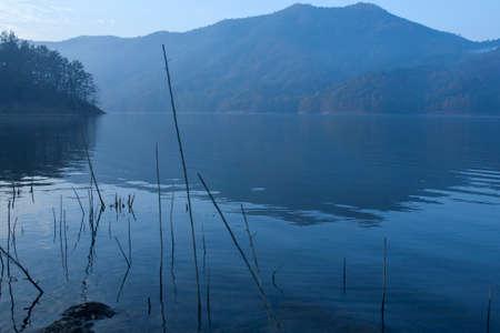 mountin: lake on the early morning Stock Photo