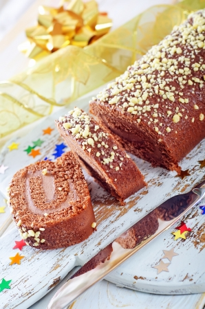 Sweet roll with chocolate photo