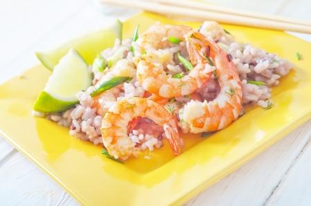 arroz con camarones Foto de archivo - 17613877