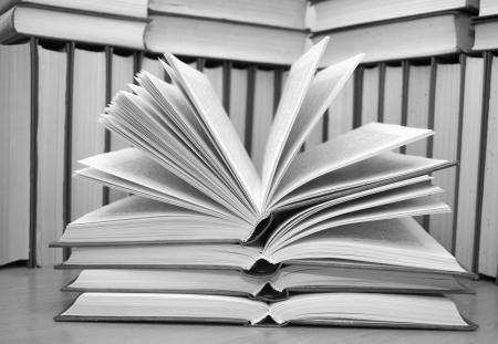 testament schreiben: offenes Buch
