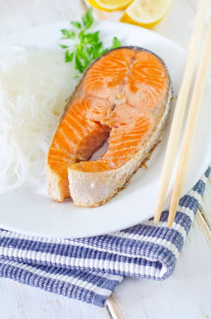 salmon with rice noodles photo