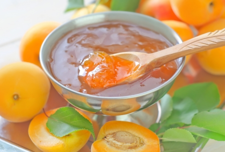 jam and apricot photo