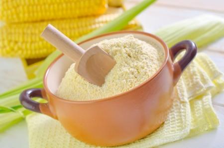 mais: corn flour Stock Photo