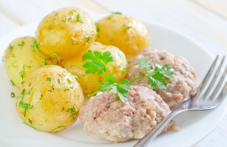 potato and cutlets photo