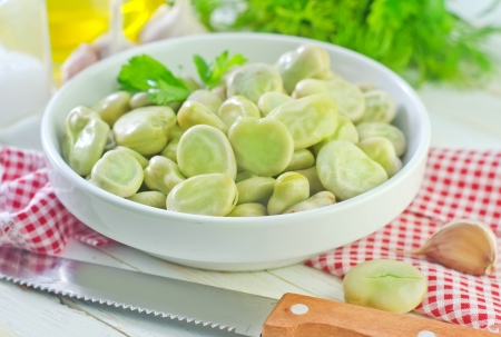 raw beans Stock Photo - 22838349