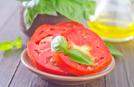 tomato and basil photo