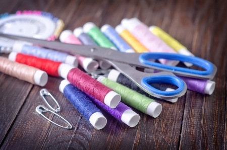 thread and scissors photo